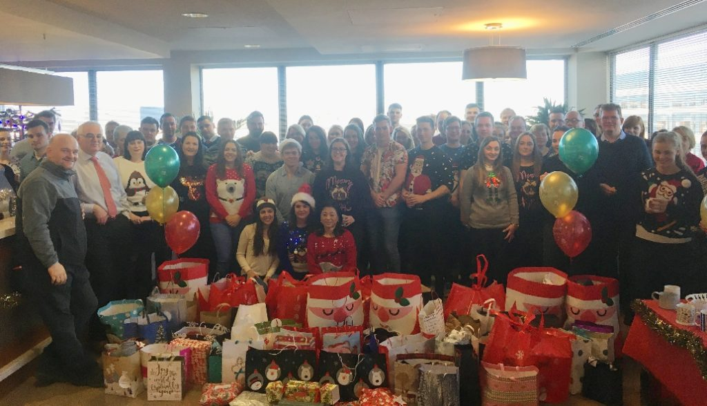 Sipporting Presents for all 2017 depaul campaign - Crowe Ireland